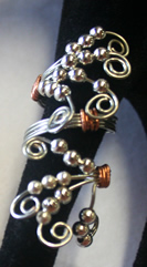 silver wired silver beds ring