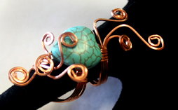 copper wire, heart-howlite bead
